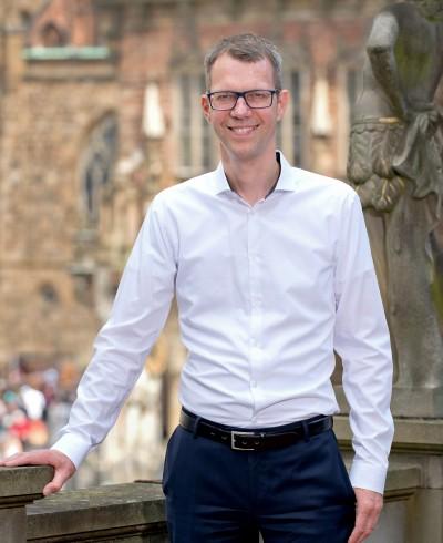 Dr. Jan Nollmann