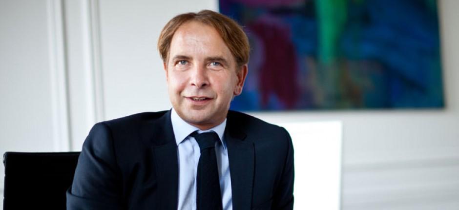 Dr. Andre Sayatz